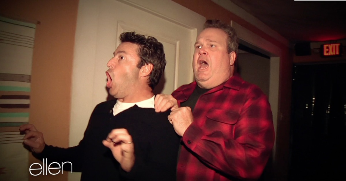 Eric stonestreet goes through a haunted house for Eric stonestreet house