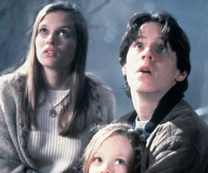 "The ""Hocus Pocus"" Kids Reunited 22 Years Later -- on Halloween!"