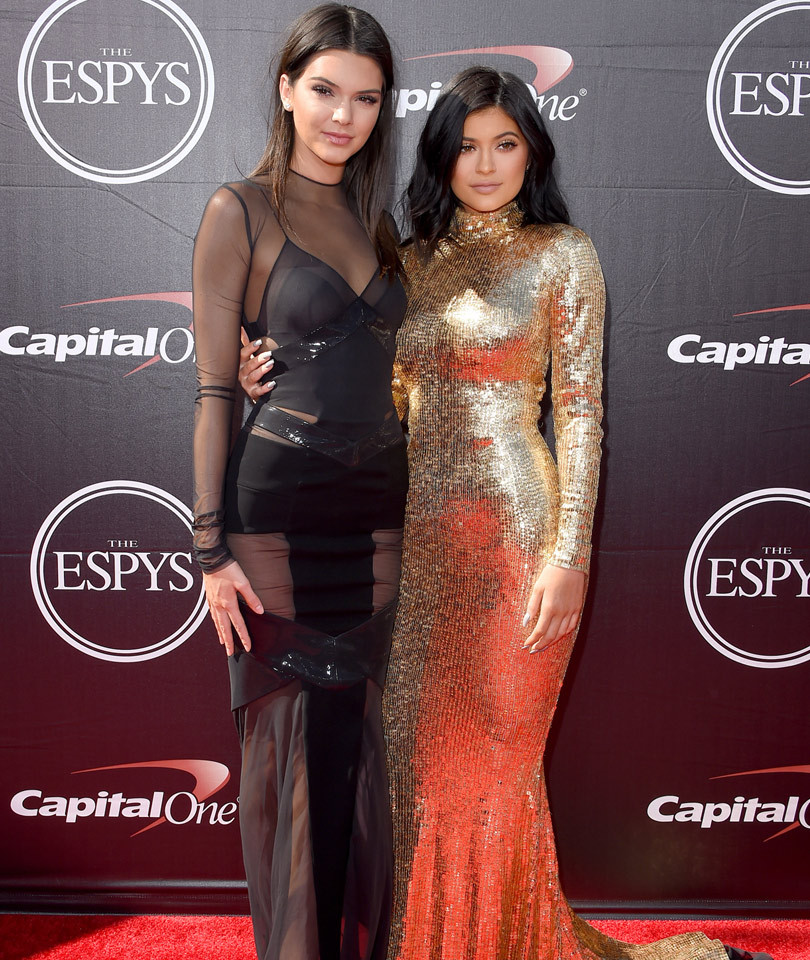 """See Why Kendall Jenner Called Kylie the """"Biggest F--king B-tch"""" She's Ever Met"""