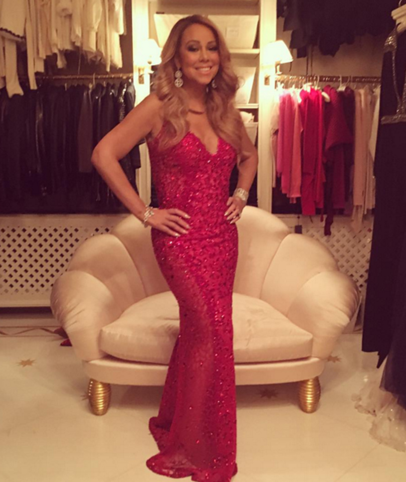 Mariah Carey Shows Off Hot Bod in Curve-Hugging Holiday Gown, Dresses Up Twins in Matching Elf Outfits!