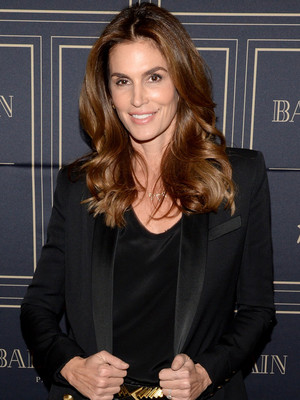 "Cindy Crawford Says She's Retiring From Modeling: ""I Can't Keep Reinventing Myself"""