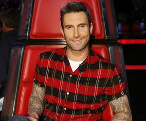 Adam Levine Debuts PINK New 'Do -- Like The Look?!