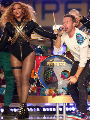 "Chris Martin Reveals Beyonce Called One Of His Songs ""Awful,"" Says He Has A ""Wonderful""…"