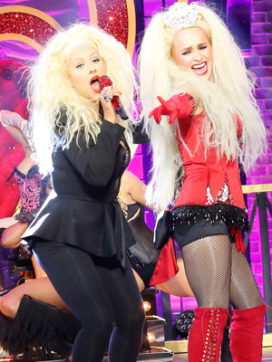 "Hayden Panettiere Does ""Lady Marmalade"" on ""Lip Sync Battle"" -- with Christina as a…"