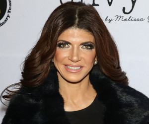 "Teresa Giudice Returning for Season 7 of ""Real Housewives Of New Jersey"""