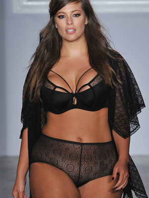 "Ashley Graham Lands Sports Illustrated Swimsuit Gig -- ""This Is a Dream Come True"""
