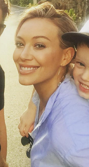 Hilary Duff Shares Cute Selfie with Son Luca & Mike Comrie a Week After Finalizing Divorce