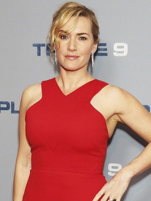 "Kate Winslet Is Ravishing In Red at ""Triple 9"" Screening"