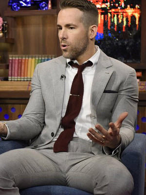 "Ryan Reynolds Spills About Wearing ""C**k Socks"" During Sex Scenes -- Plus, Olivia Wilde…"