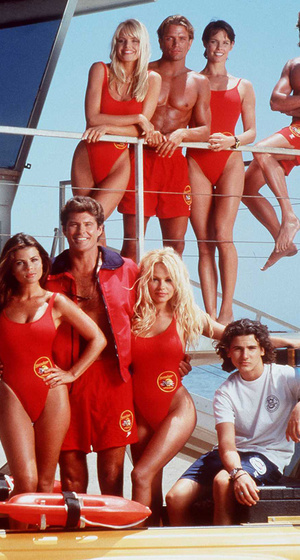 """Which Rarely-Seen """"Baywatch"""" Stars Just Resurfaced for an Epic Reunion?"""