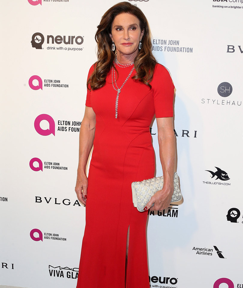 """Caitlyn Jenner Doesn't Know How to """"Flirt"""" With Men, Says She's Afraid of """"Rejection"""""""