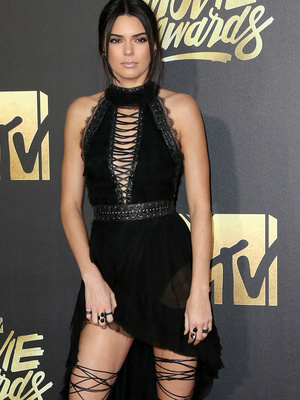 Kendall Jenner Shows Serious Leg at the 2016 MTV Movie Awards