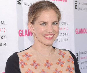 "Anna Chlumsky Talks Child Stardom: ""It Did Teach Me Not to Trust People"""