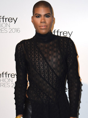 EJ Johnson Slams His Weight Loss Critics & Rumors He's Transitioning