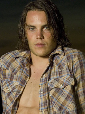 """Texas Forever! See What the Cast of """"Friday Night Lights"""" Looks Like Now!"""
