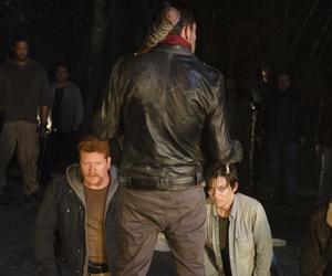 """New """"The Walking Dead"""" Season 7 Trailer Looks INSANE"""