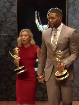 "Kelly Ripa & Michael Strahan Hold Hands on ""Live!"" After Daytime Emmy Win"