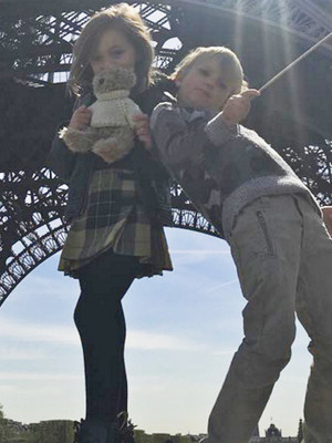 Kimberly Stewart & Rod Stewart's Kids Have Playdate In Paris -- Yes, They're…