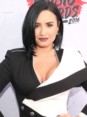 "Demi Lovato Gushes About Boyfriend Wilmer Valderrama: ""He Loves So Hard"""