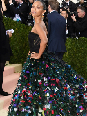 Zoe Saldana Brings the Drama: See the 10 Best Dressed from the 2016 Met Gala