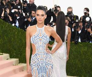 Kendall Jenner's Cutout Style -- Fab or Drab?