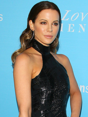 Kate Beckinsale Hangs With Ex Michael Sheen & His New Girlfriend Sarah Silverman