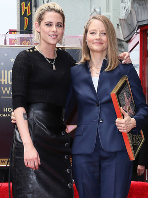 "Kristen Stewart Has ""Panic Room"" Reunion at Jodie Foster's Star Ceremony"