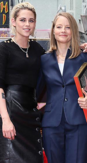 "Kristen Stewart Has ""Panic Room"" Reunion at Jodie Foster's Star Ceremony"