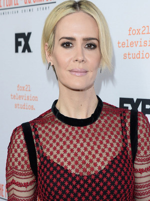"Sarah Paulson Talks Relationship with Holland Taylor: ""Love Whomever You F***ing Well…"