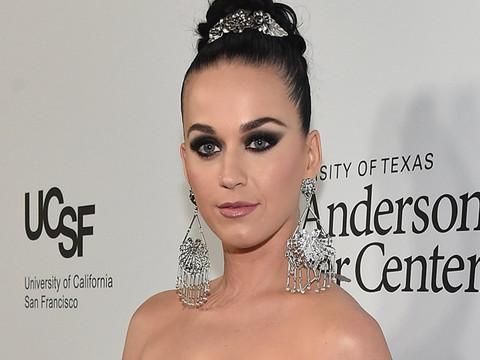 Katy Perry & Orlando Bloom Are Instagram Official -- See This Week's Best Celeb Selfies!