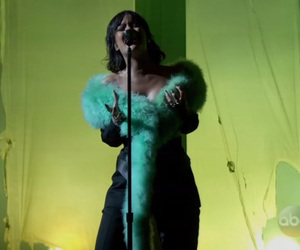 Rihanna's Vocals Steal the Show