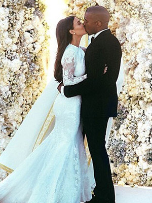 Kim Kardashian Shares Special Wedding Day Pics to Celebrate Second Anniversary With Kanye…
