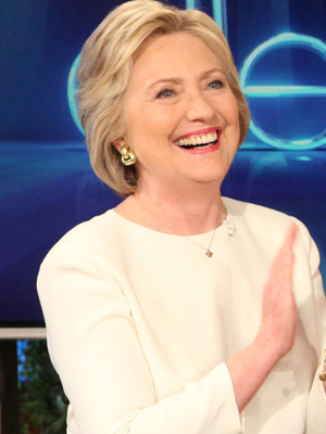 "Hillary Clinton Plays ""Who Would You Rather"" With Ellen DeGeneres ... with a Twist!"