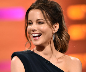 "Kate Beckinsale Says She Was Told She Needed to ""Work Out"" for Breakout ""Pearl Harbor"" Role"