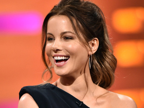 """Kate Beckinsale Says She Was Told She Needed to """"Work Out"""" for Breakout """"Pearl Harbor"""" Role"""