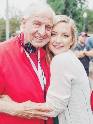 "Kate Hudson Shares Loving Tribute to Garry Marshall: ""He Loved People, He Loved Making Movies"""