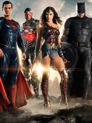 """Justice League"" & ""Wonder Woman"" Trailers Are HERE!"