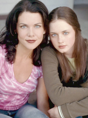 "The First Trailer for ""Gilmore Girls"" Revival Is Here!"