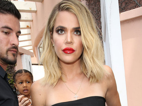 """Is Khloe """"Too Skinny""""? See Her React to Online Criticism!"""