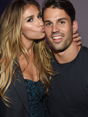 "Eric Decker Gushes Over Wife Jessie For #WCW, Says She's The ""Greatest Wife, Friend, Mother, Musician"" & More!"