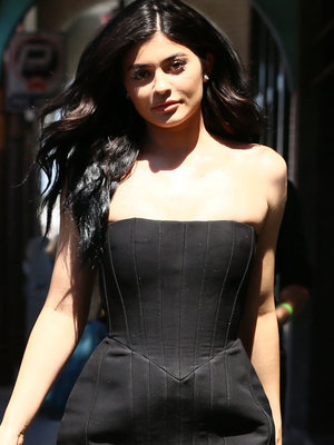 Kylie Jenner Puts Her Curves On Display In LBD