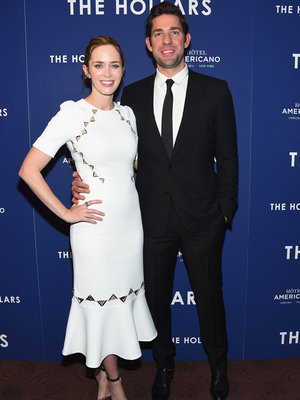 Blunt Stuns on Red Carpet -- Two Months After Baby!
