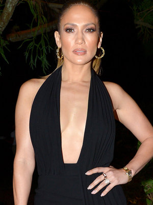 Hot Mama! J.Lo Shows Major Cleavage & Legs In Sexy LBD