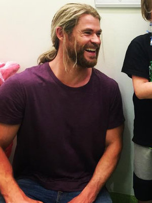 Hemsworth & Hiddleston Visit Children's Hospital & More Hot Hollywood Photos