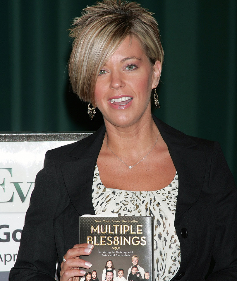 "Kate Gosselin Reveals Son ""Has Special Needs,"" As Daughters…"
