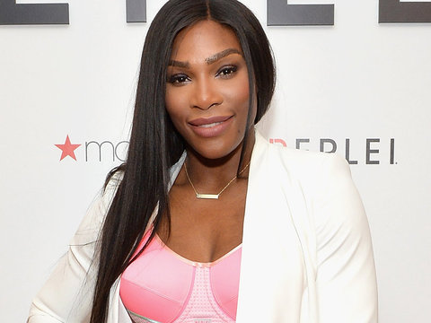 Serena Rocks All-White Suit ... & Forgets Her Top!