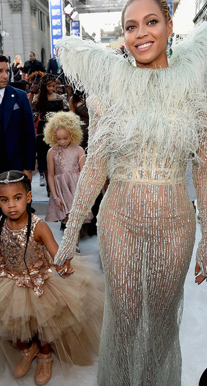 The Queen and Her Princess! Beyoncé & Blue Turn Heads at This Year's MTV VMAs