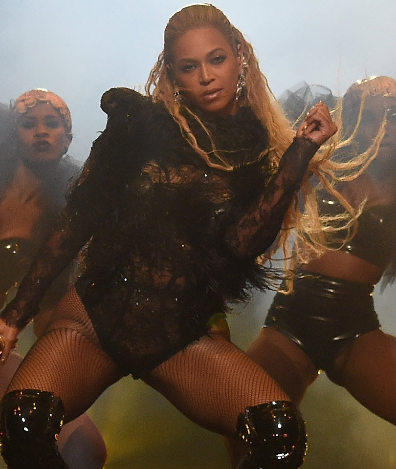See Who Just RIPPED Into Beyonce's VMA Performance