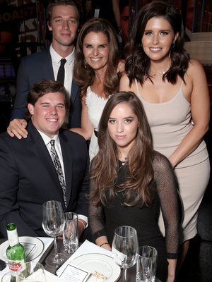 Maria Shriver and Her Kids Attend Roast of Rob Lowe & More Hot Hollywood Photos